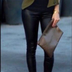 Pants - Matte faux leather leggings